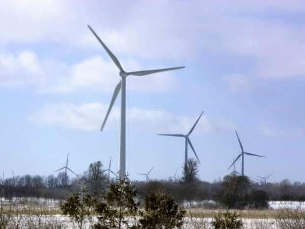 Wind powered turbines spin on a wind farm in Port Burwell, a town near London, Ontario. Derek Ruttan/The London Free Press/QMI Agency.